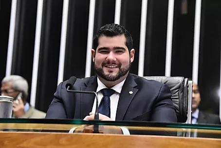 SAÚDE RECEBE R$ 5 MILHÕES DE EMENDA PARLAMENTAR PARA SUPRIR NECESSIDADES EM UBSs DO MUNICÍPIO