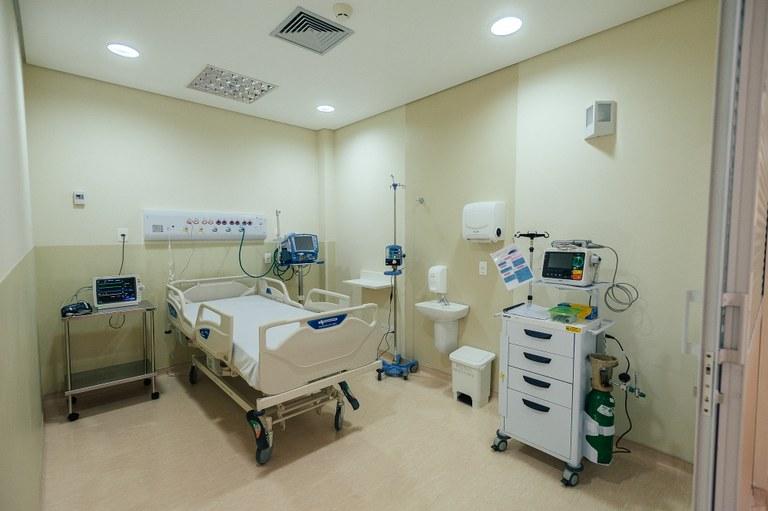 Hospital de Parelheiros recebe 20 novos leitos de cuidados intensivos para o enfrentamento do novo coronavírus